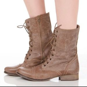 Steve Madden Troopa Combat boots size 8.5